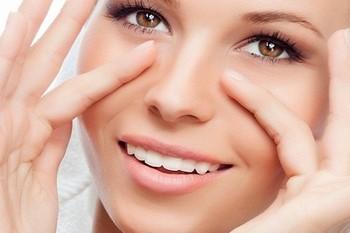 Эффект масок от морщин под глазами