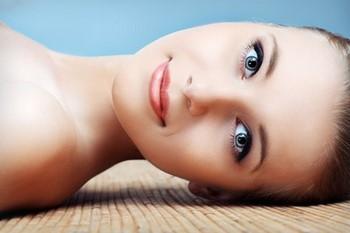 Чистка лица: какой результат лучше