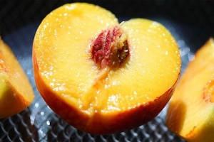 Маски из персиков для лица в домашних условиях
