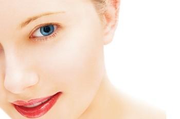 Чем выровнять дряблую кожу лица