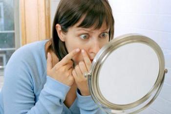 Угревая сыпь на лице: что делать?