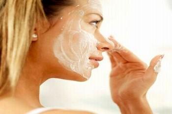 маски из творога для лица от морщин