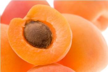 Маска из абрикоса для лица в домашних условиях