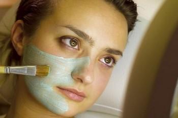 Косметические маски для лица в домашних условиях