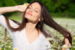 Как ухаживать летом за волосами