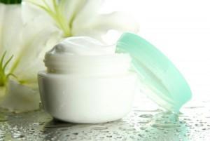 Как купить крем для кожи лица: советы бывалых