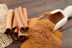 Масло корицы для волос: применение, рецепты масок