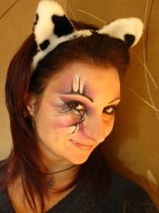 Как сделать белую краску для лица в домашних условиях для хэллоуина