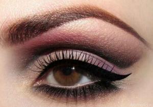 Как сделать красивый make-up для карих глаз?