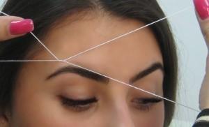 Удаление и коррекция бровей нитью или триддинг