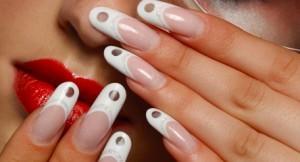 В чем плюсы и минусы наращивания ногтей на основе геля?